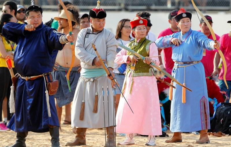 a-jogos-indigenas-arcoeflecha-mongolia-raimundopaco-agenciapara
