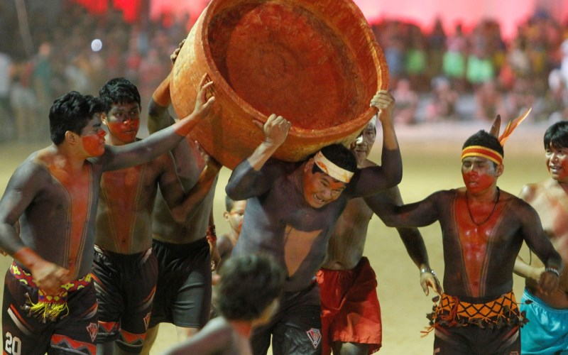 a-jogos-indigenas-corrida-de-tora-terenas-marcelocamargo-agenciabrasil