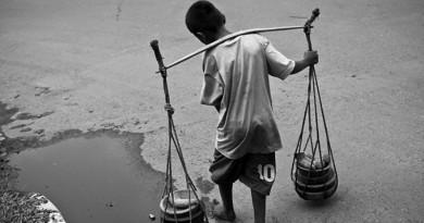 menino trabalhando na rua campanha #aindadátempo