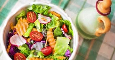 prato de salada - alimentação saudável