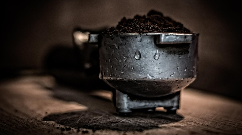 cafe-pavimentar-estradas-jarmoluk-pixabay-800