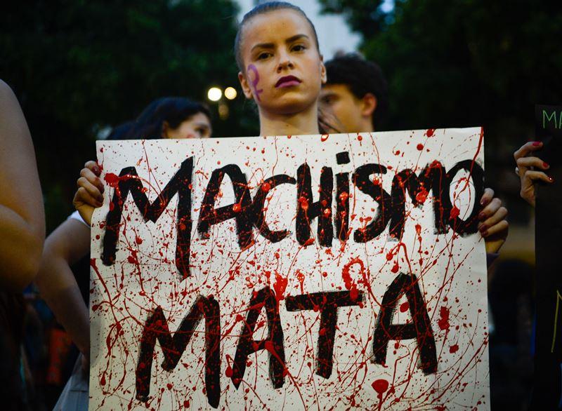 brasileiras-saem-ruas-pedir-fim-violencia-mulheres-3-800