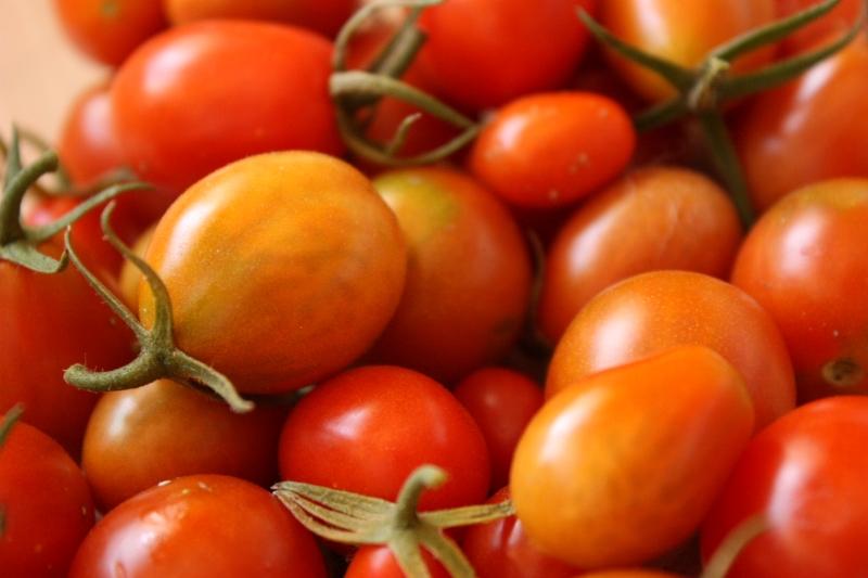 sabor-sem-igual-tomate-plantado-em-casa-800