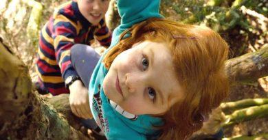 Brincadeiras ao ar livre estão sendo dizimadas da infância