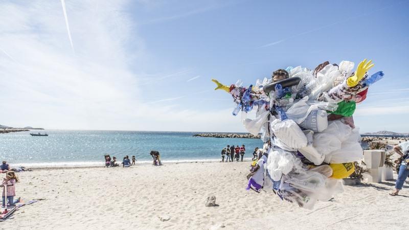 #CleanSeas: vire a maré contra o plástico
