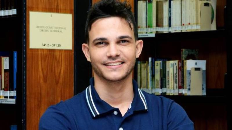 Professor brasileiro recebe reconhecimento da Unesco por projeto no Rio Doce