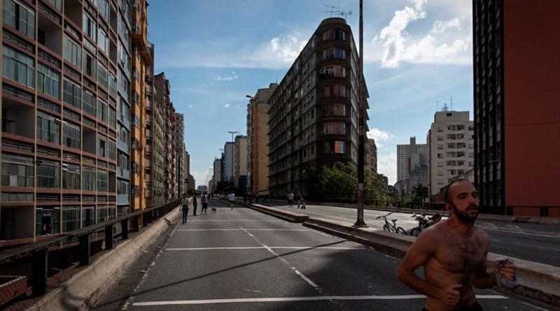 Com ou sem carros, 'Minhocão' é 79% mais poluído que o resto da cidade de São Paulo