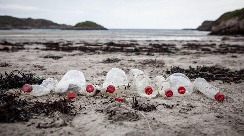 Coca-Cola assume compromisso mundial de dar destino correto a 100% de suas embalagens até 2030