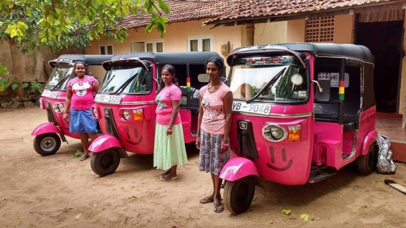 Projeto quer formar mulheres motoristas para acabar com assédio no transporte público no Sri Lanka