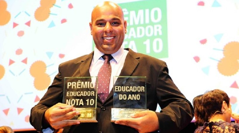 "Diretor de escola pública do interior paulista é finalista do Global Teacher Prize, o ""Nobel"" da Educação"