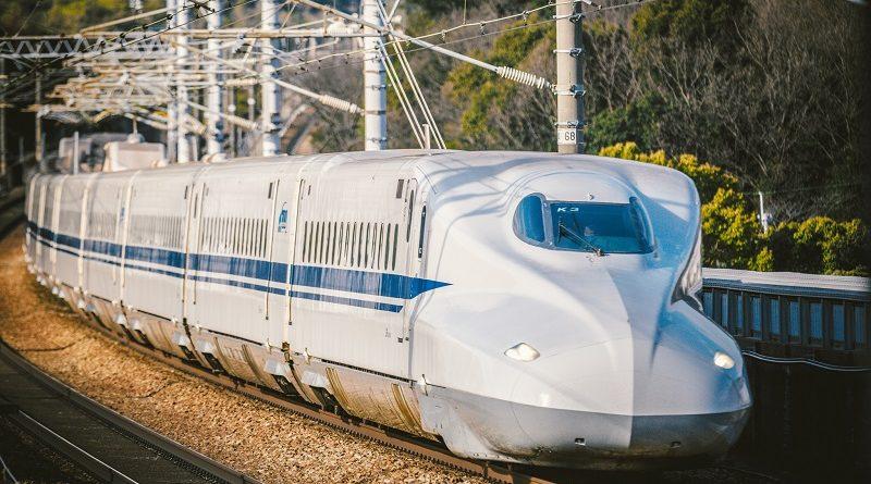Trem japonês emite latidos e urros para evitar acidentes com animais nos trilhos