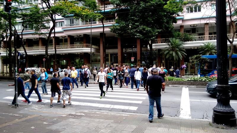 Levantamento da Rede Nossa SP e Ibope Inteligência ouviu 800 moradores com mais de 16 anos. Foto: Mauro Calliari.