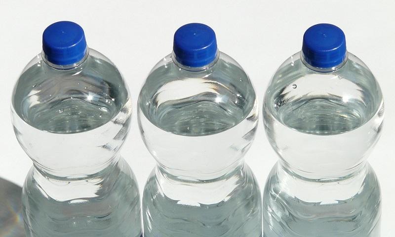 França colocará taxa sobre embalagens com plástico não-reciclado em 2019