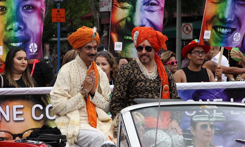 Indianos celebram o fim da descriminação da homossexualidade depois de mais de 150 anos