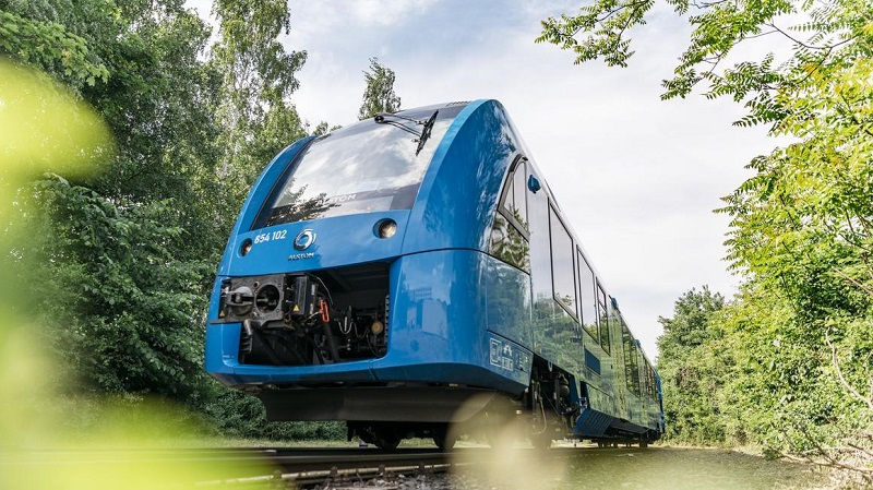 Primeiro trem do mundo movido a hidrogênio começa a operar na Alemanha