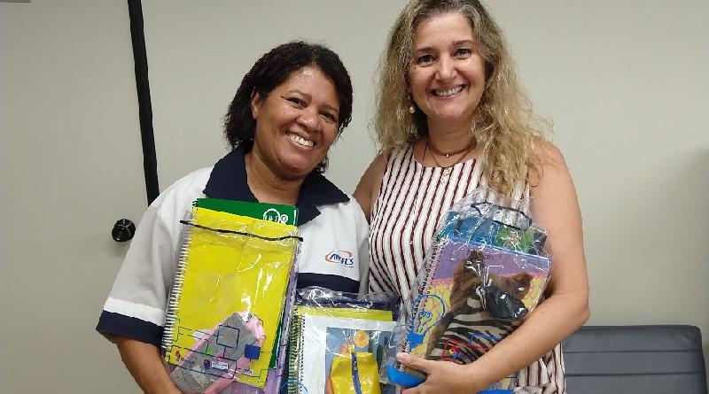 Carioca transforma material escolar usado em novos kits para estudantes carentes