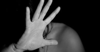 536 mulheres são agredidas, por hora, no Brasil