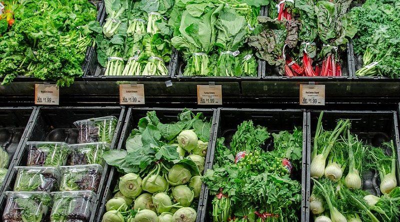 Governo de SP acaba com ICMS de frutas, verduras e hortaliças... vendidos em embalagens plásticas