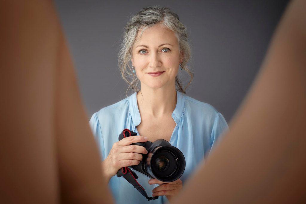 Ensaio fotográfico e livro convidam à reflexão: é hora de falarmos sobre nossas partes íntimas