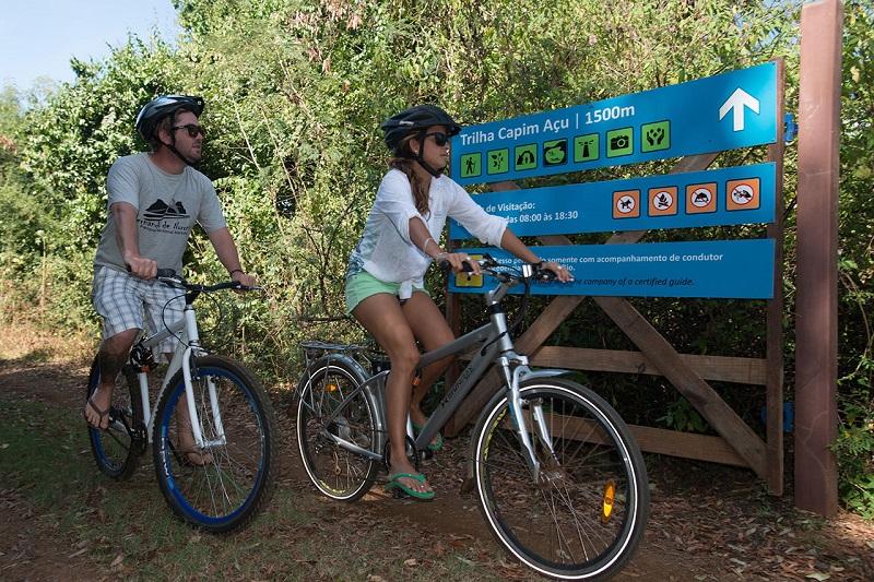 Bolsonaro quer acabar com taxa ambiental cobrada no Parque Nacional Marinho de Fernando de Noronha