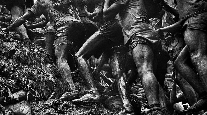 Nova exposição de Sebastião Salgado mostra imagens impressionantes de Serra Pelada