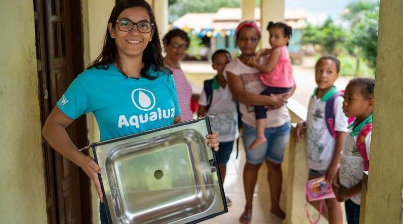 Brasileira é uma das vencedoras do Prêmio Jovens Campeões da Terra da ONU com dispositivo solar que purifica água