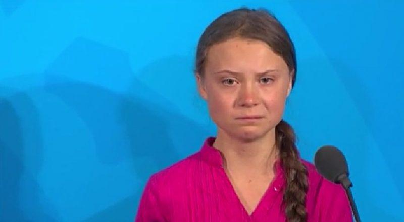 """""""Vocês roubaram nossa infância e sonhos com suas palavras vazias"""", diz Greta Thunberg, na ONU, em discurso emocionado"""