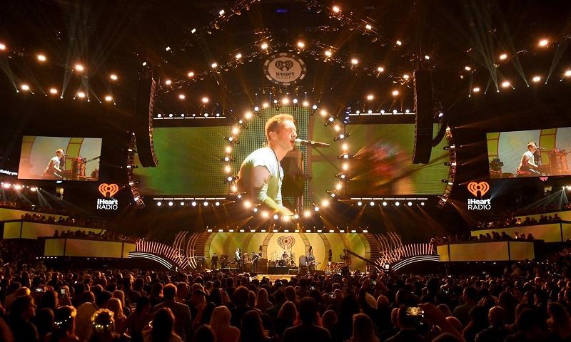 Coldplay anuncia que só fará turnês novamente quando shows forem mais sustentáveis