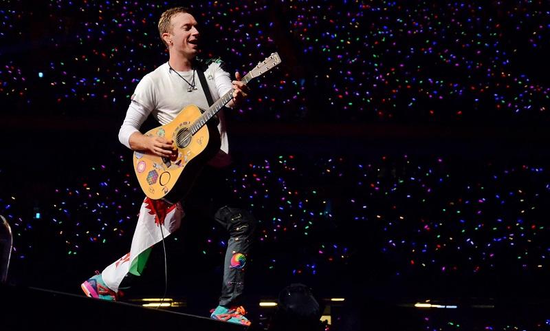 Coldplay anuncia que só fará shows novamente quando turnê for mais sustentável