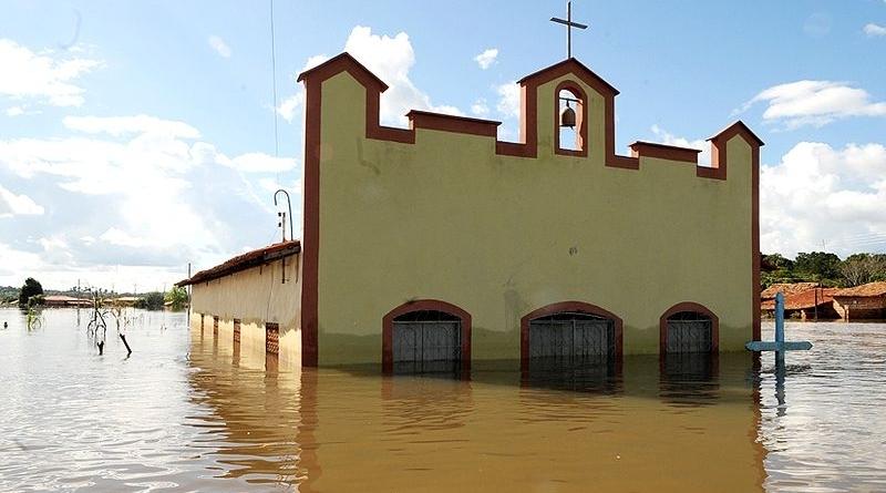 Crise hídrica: enchente em Trizidela do Vale, no Maranhão, em 2009. - Foto: Antonio Cruz/ABr