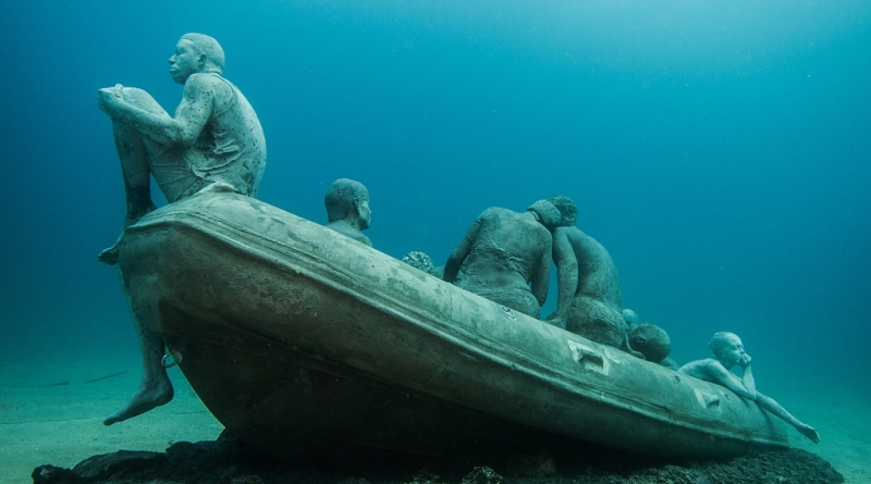 crise-refugiados-fundo-mar-5-800