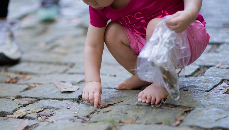 um mundo de possiblidades para as crianças descalças