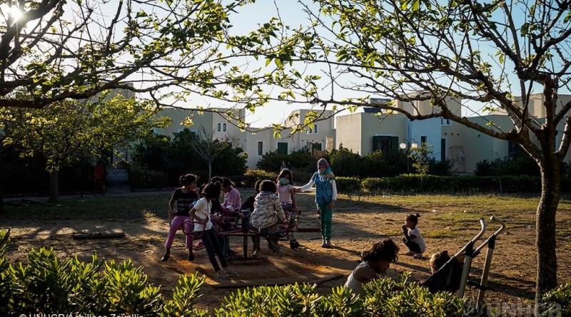 Refugiados vão morar em resort abandonado na Grécia