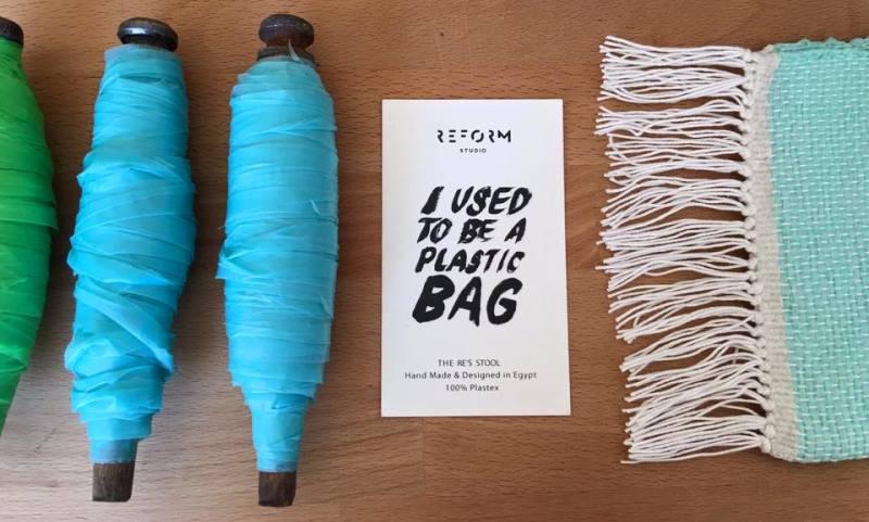 sacolas-plasticas-transformam-se-em-tecido-maos-designers-egipcias-etiqueta-800