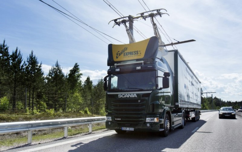suecia-estrada-eletrica-2-800