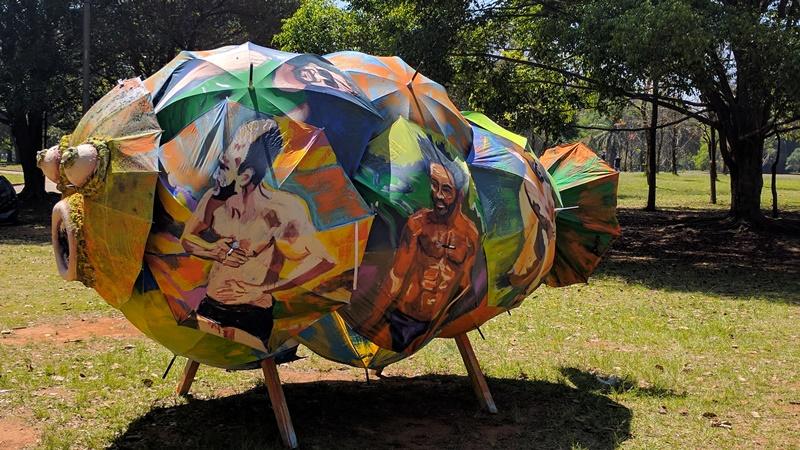esculturas-animais-feitas-reciclaveis-invadem-parque-ibirapuera-peixe-conexao-planeta