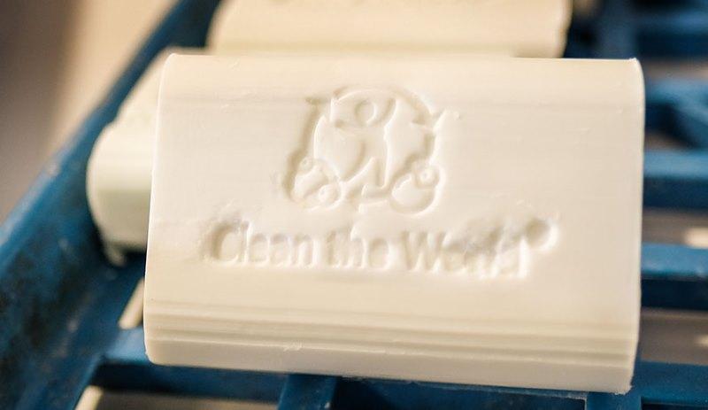 ONG recicla produtos de higiene de hoteis e doa para quem mais precisa