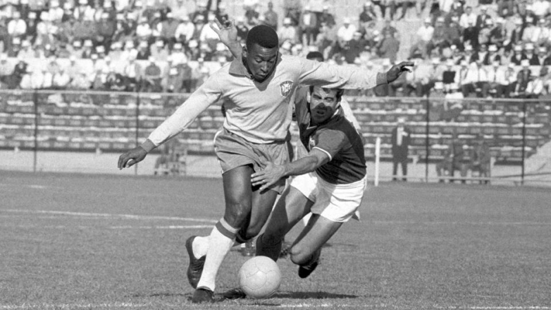 Pelé: um drible na desigualdade social