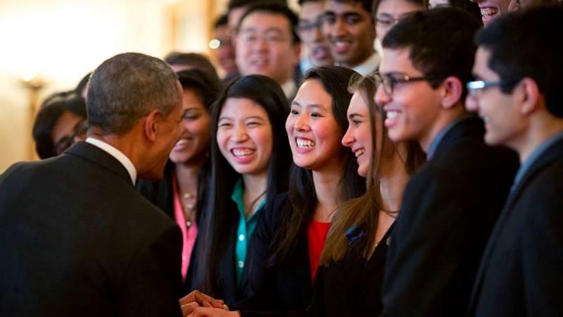 Obama Foundation oferece bolsas para jovens líderes do mundo todo