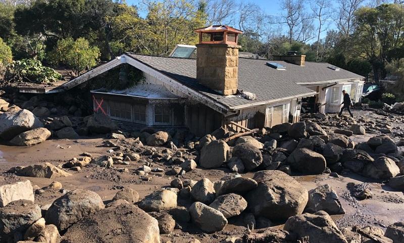 Depois dos incêndios, deslizamento de terra mata 17 pessoas e deixa centenas de desaparecidos na Califórnia