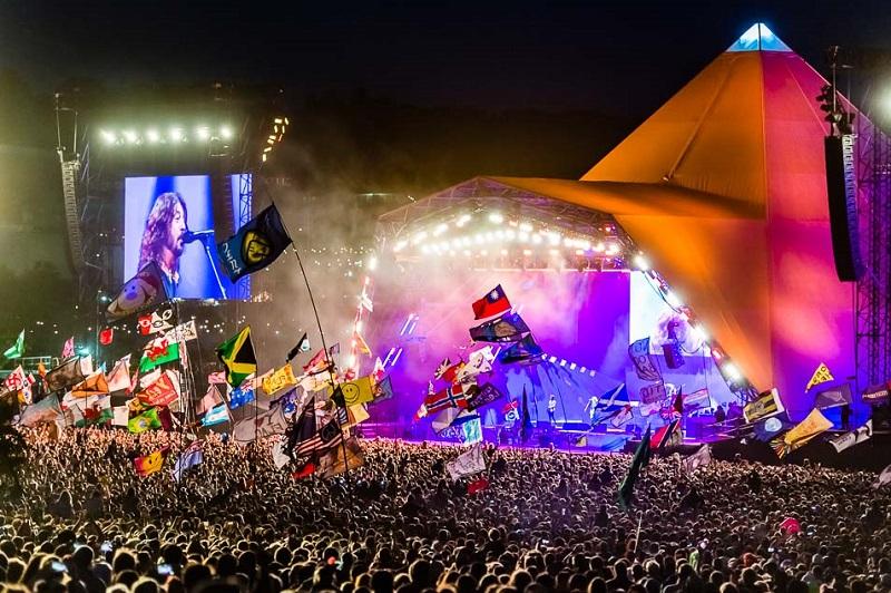 Maior festival de rock da Inglaterra bane garrafas plásticas