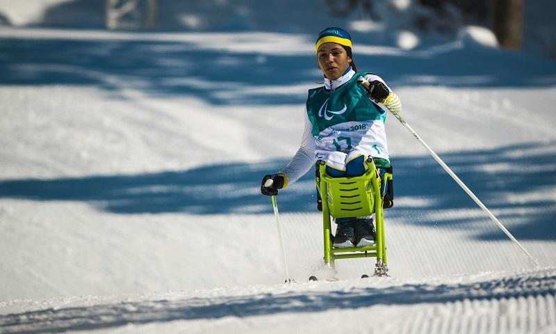 Paranaense é primeira brasileira a competir nos Jogos Paralímpicos de Inverno