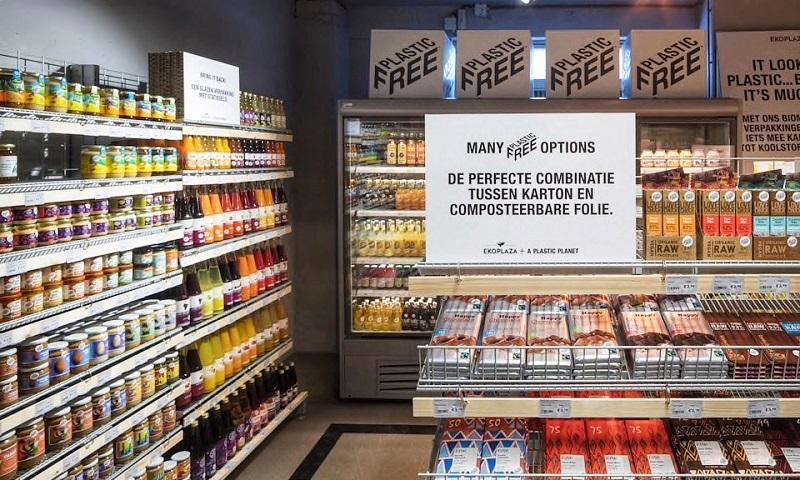 """Supermercado holandês é o primeiro no mundo a ter corredor """"livre de plástico"""""""
