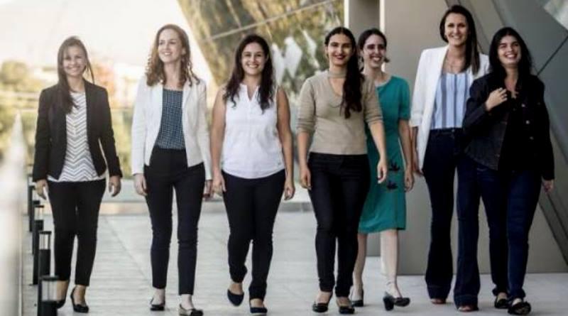 'Para Mulheres na Ciência', que oferece bolsas para sete brasileiras, adia inscrições até 4 de maio!