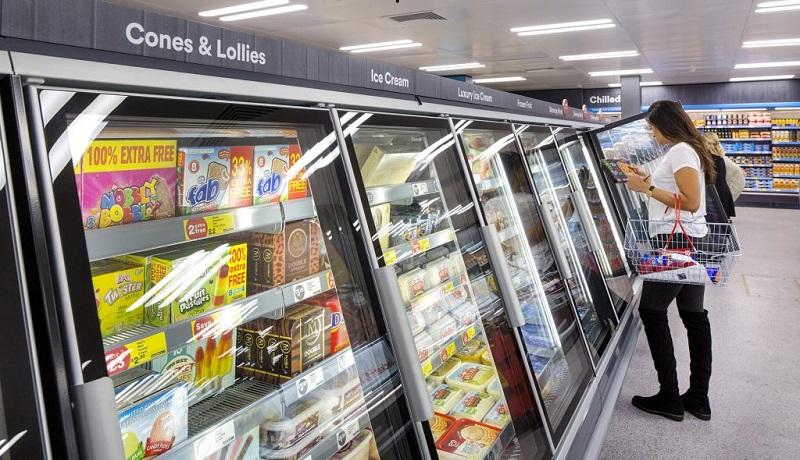 Supermercado inglês bane das prateleiras produtos com óleo de palma