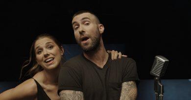 Maroon 5 faz tributo à mulheres inspiradoras em novo clipe
