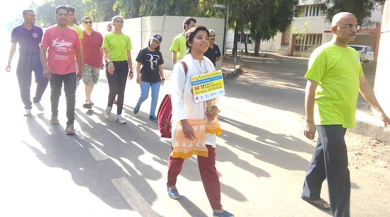 Jovem indiana caminha 1.100 km em cruzada contra o plástico