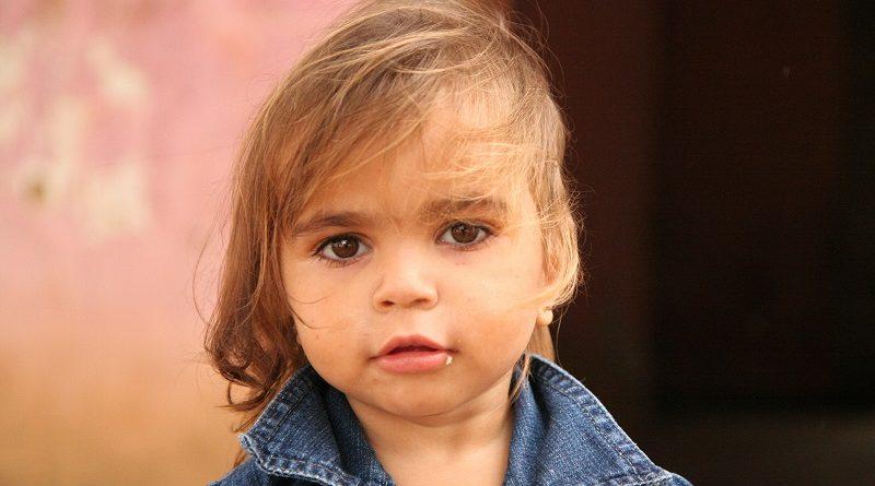 Seis em cada dez crianças ou adolescentes brasileiros vivem na pobreza