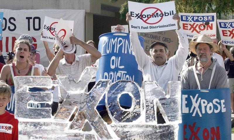 Nova York processa Exxon