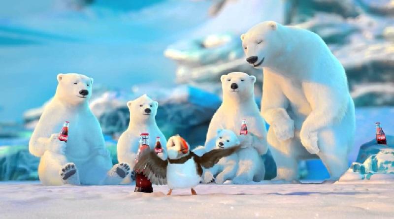 Coca-Cola junta em comercial animais em risco de extinção, garrafas e canudos plásticos, no Ártico